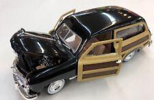 1949 Ford Woody Wagon 1:24 Diecast Car