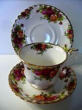 ROYAL ALBERT OLD COUNTRY ROSES TRIO CUP SAUCER PLATE BONE CHINA ENGLAND