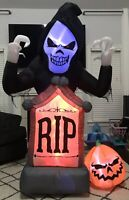 Gemmy Airblown Inflatable Animated Shaking Grim Reaper w/ Fire Effect And Fog