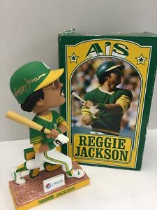 REGGIE JACKSON 73 WORLD SERIES OAKLAND A'S ATHLETICS SIGNED BOBBLEHEAD BECKETT 6