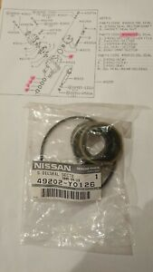 Nissan Datsun Patrol 160, steering box shaft seal kit, new genuine part.