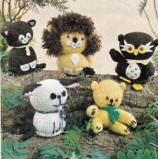 NURSERY TOYS~OWL~CAT~BEAR~LION~DOG~DOUBLE KNITTING PATTERN (folder)