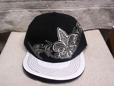 FLEUR DE LIS SNAPBACK FLAT BILL BASEBALL CAP ( BLACK )