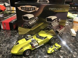 Hot Wheels Twin Mill Green Die Cast 1/24 1/64 Limited Edition