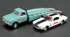 "1967 Chevrolet Ramp Truck + 1971 Camaro "" Holley Parts**Greenlight Acme 1:64 NEU"