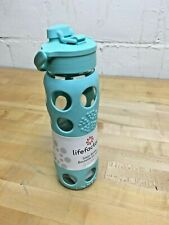 Lifefactory P234014-EU LF234004C4 22-Ounce BPA-Free Glass Water Bottle with Flip