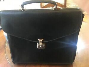 VTG 1960s Gucci Leather Briefcase Black Soft Sided Flap Brass Lock Works no key.