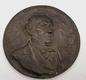 VICTORIAN WILLIAM GLADSTONE SOLID BRONZE WALL PLAQUE - SIGNED BY ARTIST