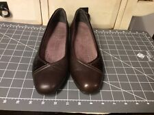 Clarks Everyday Womens Loafer Shoes 83069 Sz 8M Brown Patent Leather/leather