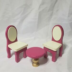 KidKraft Dollhouse Furniture Table 2 Chairs pink and gold