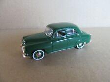 225I Nostalgie 24 Simca Aronde 1954 Verte 1:43