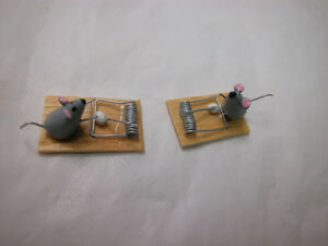 Dollhouse Miniature By Theresa Yang 1:12 Scale 2 pcs mouse with trap set  #Z228