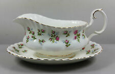 ROYAL ALBERT WINSOME GRAVY / SAUCE BOAT AND STAND (PERFECT)