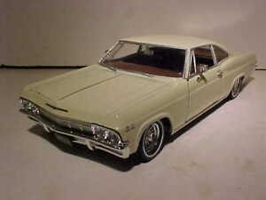 1965 Chevy Impala 396 SS Coupe Die-cast Car 1:24 Welly 8 inch Tan NO BOX