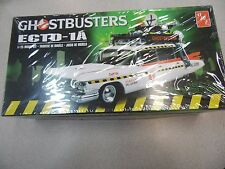 AMT 1:25 Ghostbuster Ecto-1A Model Car Kit AMT750