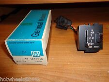 NOS GM 1974 Buick LeSabre Electra Riviera Pulse Delay Windshield Wiper Switch