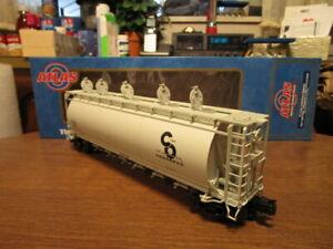 Atlas O 3001205-A Chesapeake & Ohio 6-Bay Cylindrical Hopper #2512 in 3-Rail