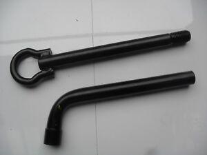 RENAULT CLIO MK3 TOW EYE AND WHEEL BRACE FREE P&P