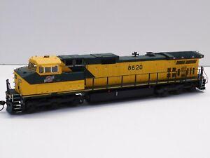 HO Scale - KATO - Chicago & Northwestern C44-9W Dash-9 Diesel Locomotive #8620