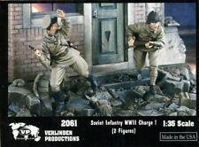 Verlinden 1:35 WWII Soviet Infantry Charge ! - 2 Resin Figures Kit #2061