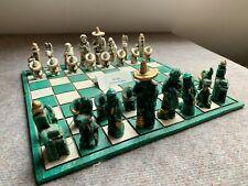 Schachspiel Mexiko/ Kirchenfiguren Brett Kunststoff  Gr. 34cm x 34cm