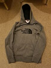 Women's north face hoodie small