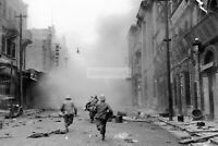 Japanese soldiers run down the street during the fighting fo WW2 photo 4x6 #1517