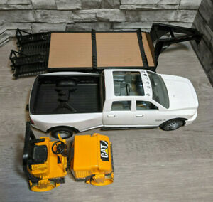 Big Farm 1/16 White Ram 3500 Truck, Gooseneck Trailer, And Cat Asphalt Compactor