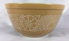 Vintage Pyrex Woodland Woodsy Tan 1.5 Liter Nesting Mixing Bowl 402 Kitchen