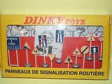 PANNEAUX DE SIGNALISATION ROUTIERE DINKY TOYS ATLAS 24P 1:43