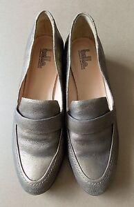 *Size 9.5 Sigerson Morrison Gold Leather Shoes