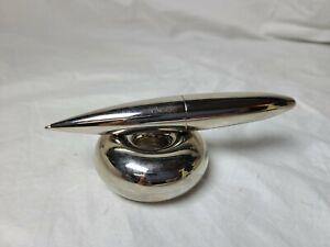Vintage Magnetic Pen Holder Pen Desk Top decoration.
