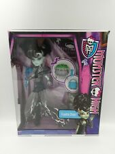 Monster High Ghouls Rule Frankie Stein Doll #X3714