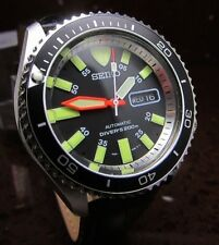 SEIKO SCUBA DIVERS 200M BLACK ROTATING BEZEL JAPAN AUTOMATIC DAY DATE WATCH-MINT