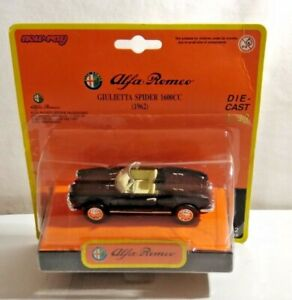 NEW RAY 1:43 SCALE 1962 ALFA ROMEO GIULIETTA SPIDER  48562 - SEALED BLISTER PACK