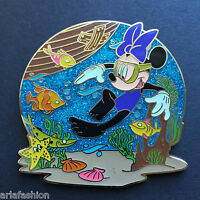 DisneyStore.com - Summer Time Series - Minnie Mouse LE 250 Disney Pin 78409