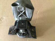 Renault Clio 1.5 dci 2005-2008 Right hand engine mounting assembly used
