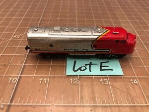 Bachmann N Train Locomotive Santa Fe 215 Powered Engine EMD F9 - READ - Lot E