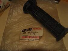 NOS Yamaha LH Grip 1982 YT125 YT175 1983 YTM200 3GB-26241-00