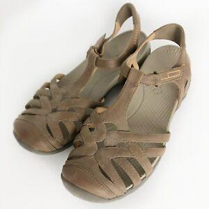 Baretraps 'Feena' Brown Comfort Closed Toe Fisherman Style Slingback Sandals 10M