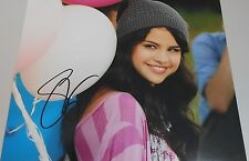 SELENA GOMEZ * HAND SIGNED PHOTO W/COA * QUALITY 8X10 PHOTO W/SIGNING  PROOF PIC