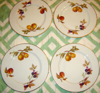 """4 Royal Worcester Evesham Gold 8.25"""" Salad Plates Pears Peach Made in England"""