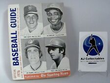 1976 THE SPORTING NEWS OFFICIAL MLB BASEBALL GUIDE -536 PAGES-