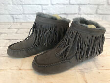 Emu Australia Cayote Womens Size 8 Gray Suede Fringe Moccasin Boots Lined a3j
