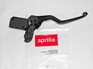 NEW GENUINE APRILIA SR50+SPORTCITY 125-200-250 FRONT BRAKE MASTER CYL AP8213558