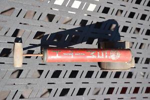 Rare Vintage Smith Sprayer Company Metal Tank Pump Bug  Wood Handle