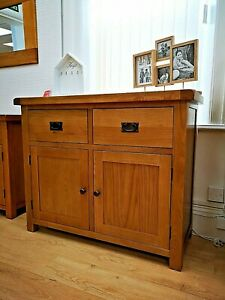 Montreal Oak 2 Door 2 Drawer Sideboard / Rustic Solid Wood Storage Cabinet