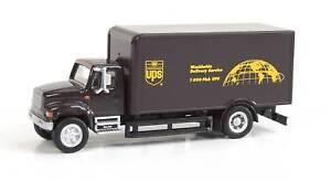 Walthers HO Scale International 4900 Single-Axle Box Van UPS (Modern Shield)