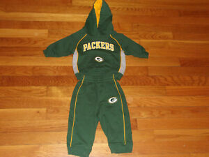 GREEN BAY PACKERS FOOTBALL HOODIE AND PANTS BOYS 12 MONTHS EXCELLENT CONDITION
