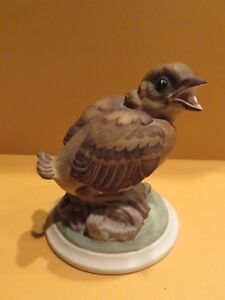 Vintage Boehm Figurine BABY GOLDFINCH N0. 448-B 4 inches